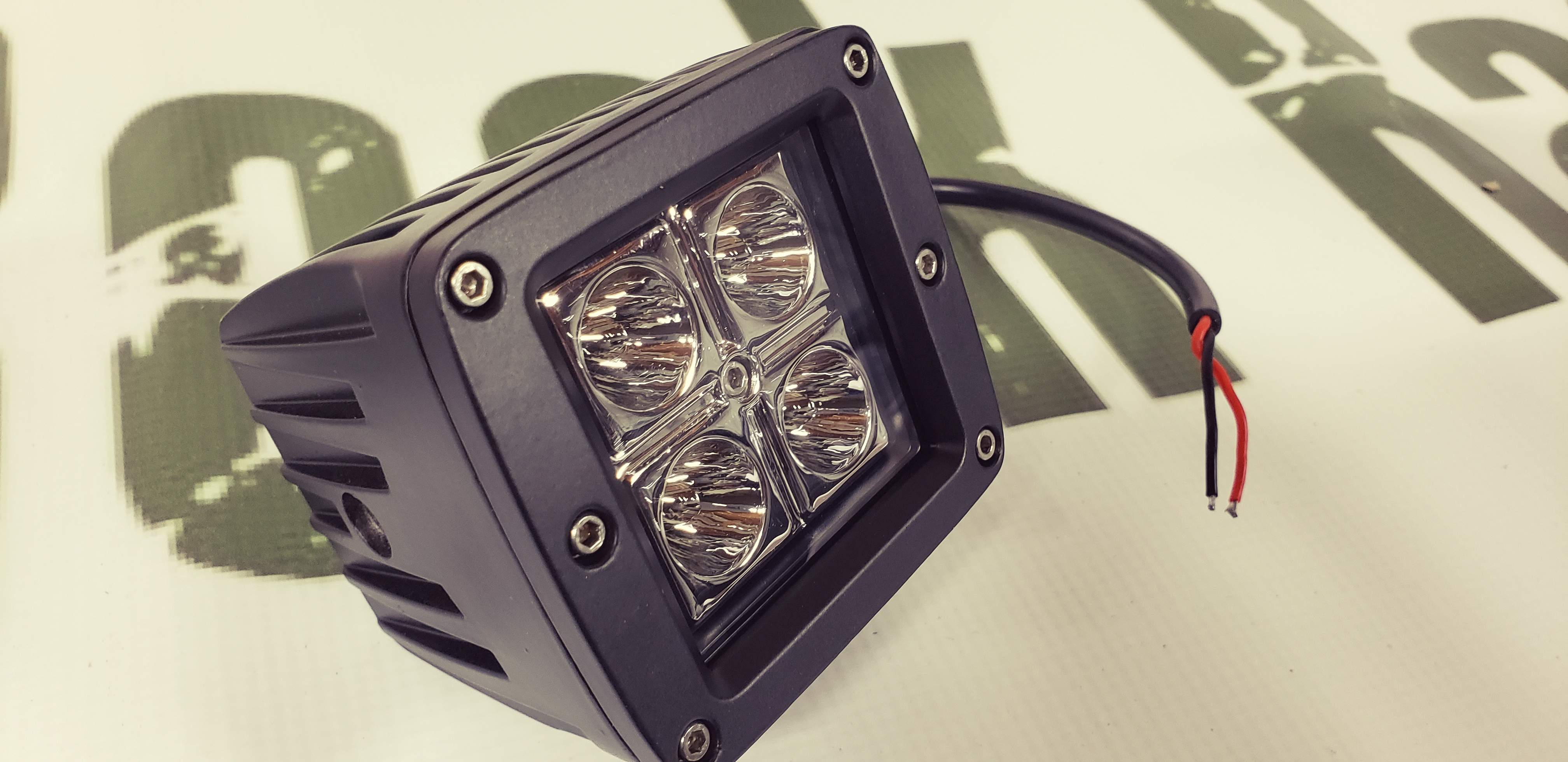 16 watt CREE LED pod FLOOD PATTERN